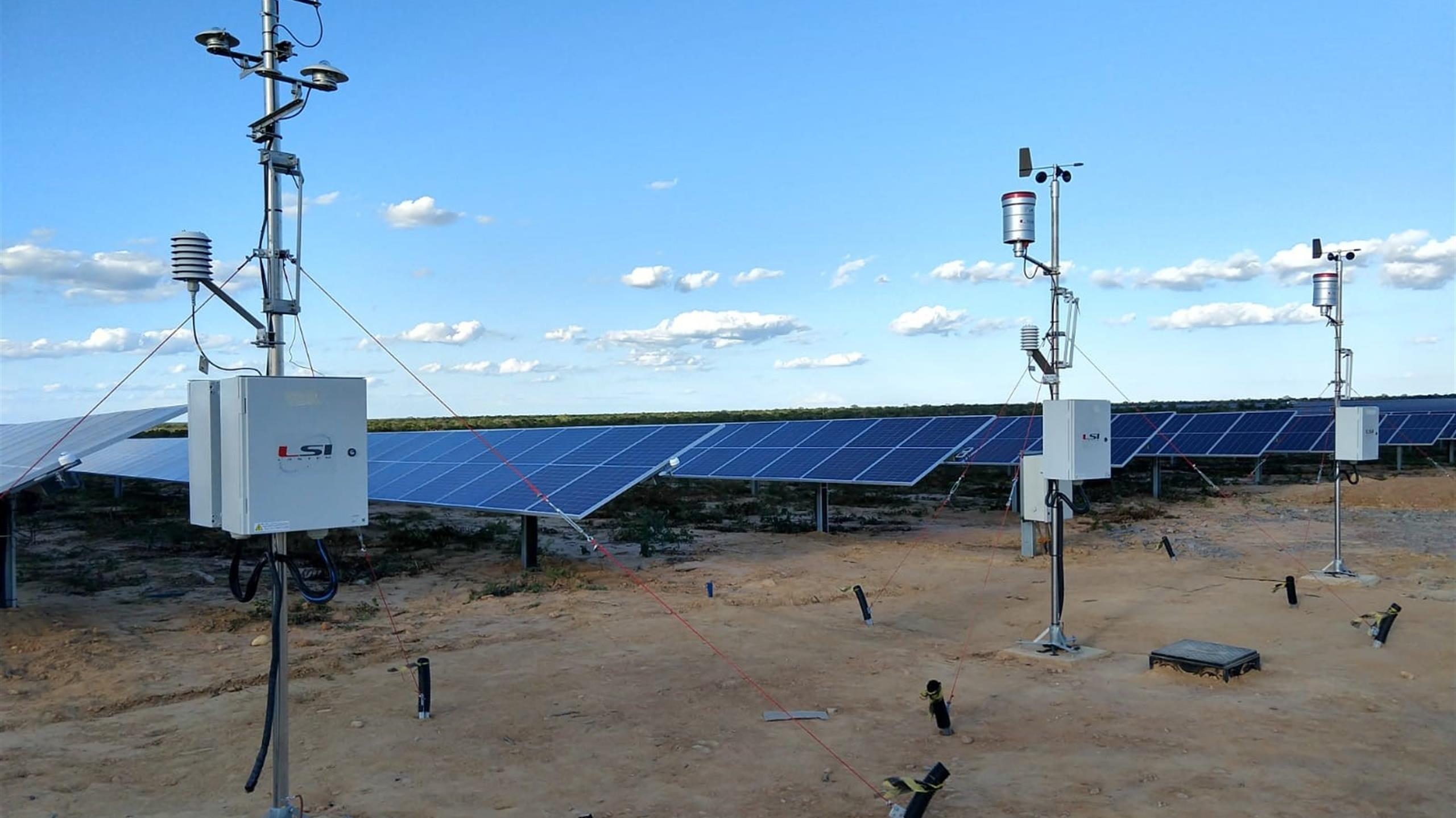 Weather stations for a solar plant of 223 MW capacity in Brazil